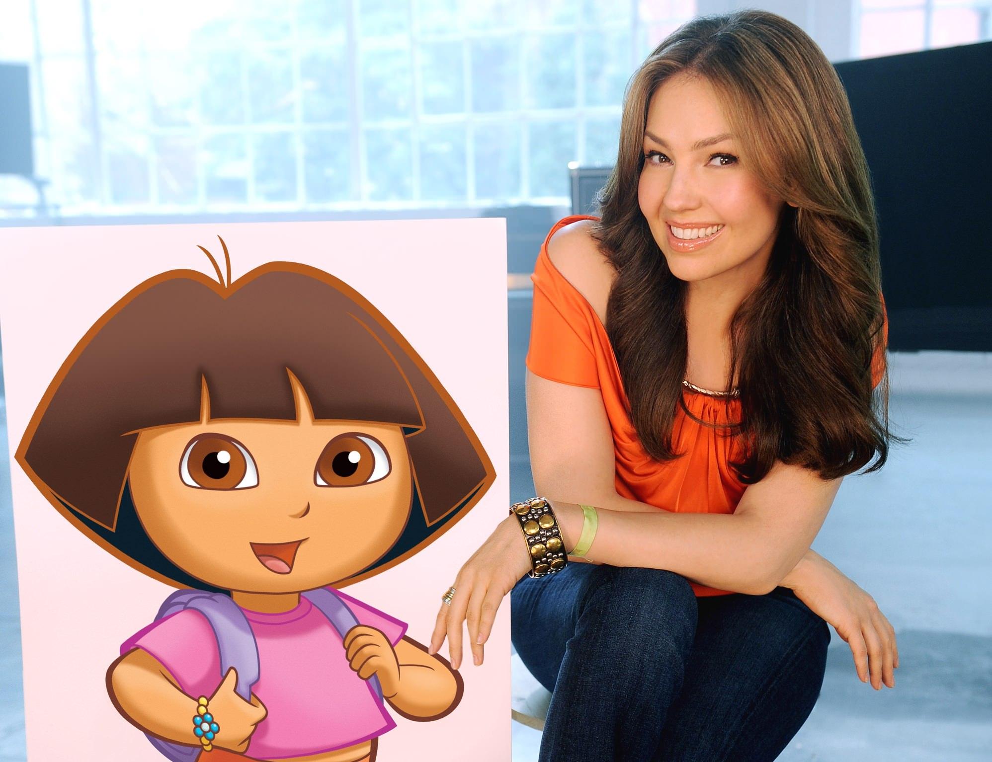Thalia con Dora the Explorer