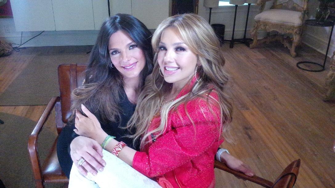 Thalia con Barbara Bermudo en Primer Impacto