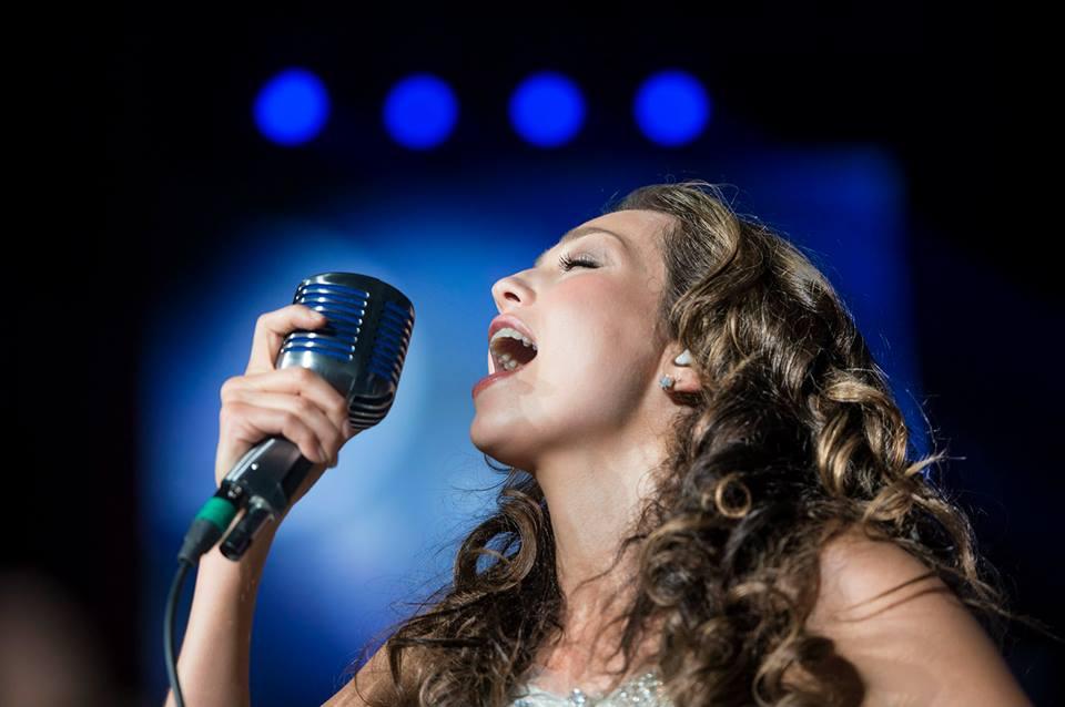 Thalia Viva Tour