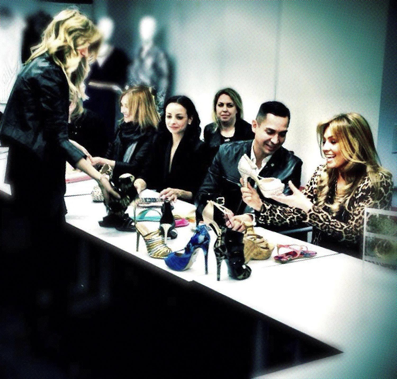 Thalía y el equipo creativo de Macy's