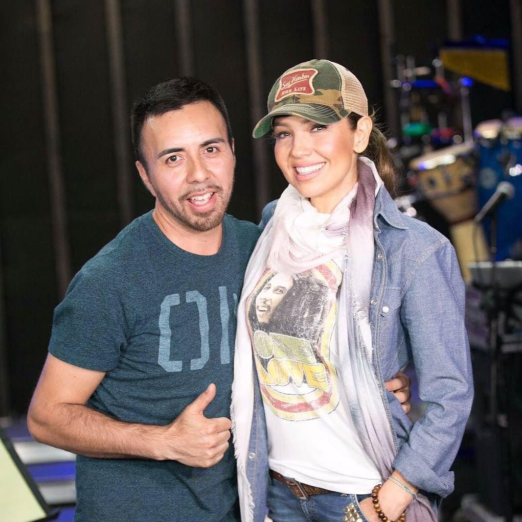 Thalía con un fan afortunado